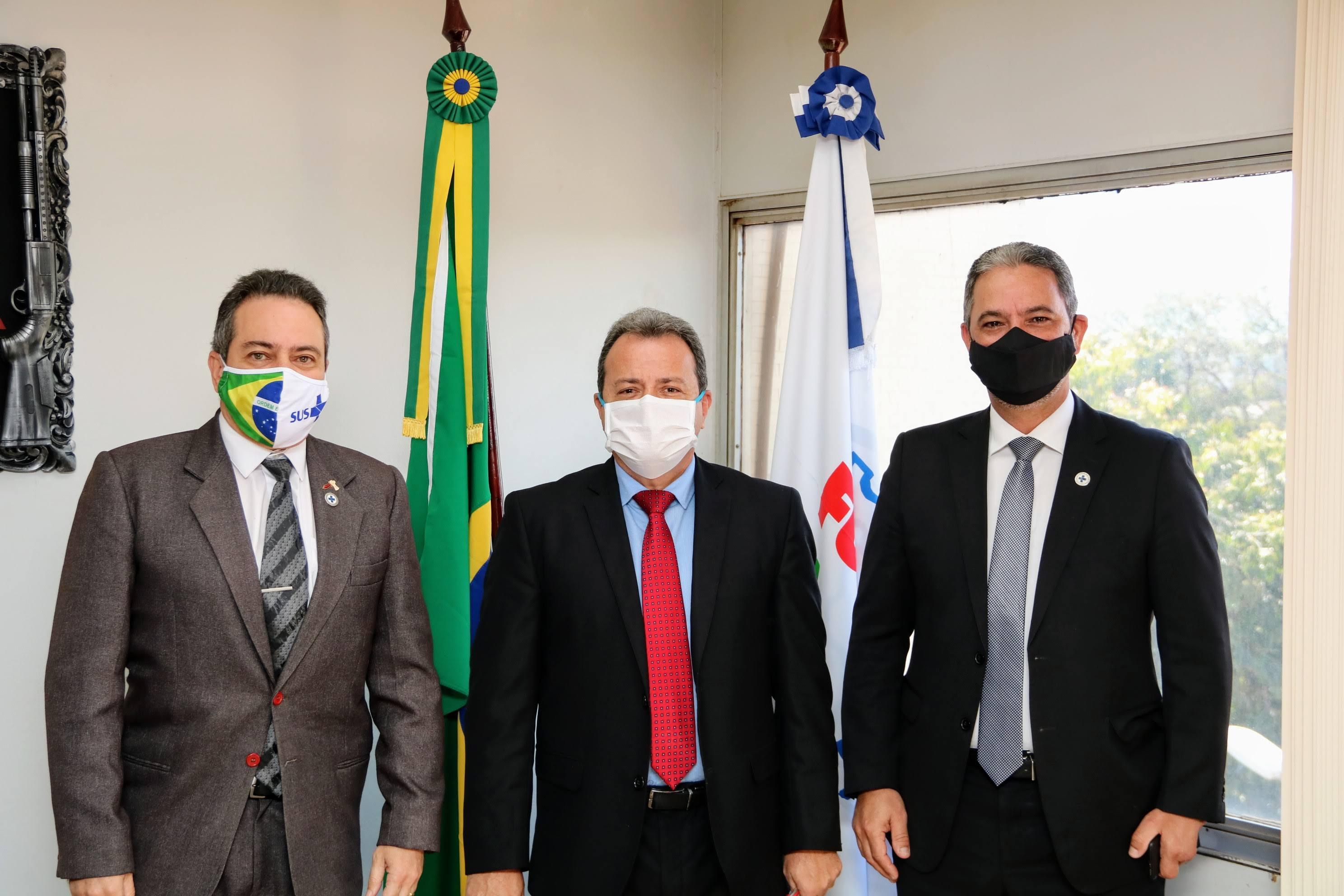 Secretário-executivo do Ministério da Saúde visita a Funasa