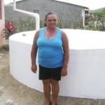 Eva Correia de Oliveira, uma das contempladas com as cisternas do PBSM: surpresa e emoção (Foto: Suest/PB)