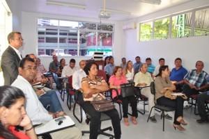 Integrantes do grupo de trabalho, consultoria e gestores municipais participaram da reunião (Foto: Funasa/PA)
