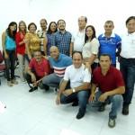 João Evangelista (agachado, de camisa azul) aplicará conceitos em comunidades do estado (Foto: Funasa/MS)