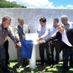 Autoridades participaram da cerimônia de inauguração da placa sobre a histórica estação (Foto: Funasa/ES)