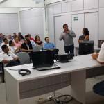 Participantes tirando dúvidas com palestrantes