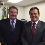 Foto: Suest/PR - César Seleme ao lado de Henrique Pires, Presidente da Funasa