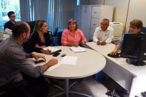 Discussão dos projetos aprovados juntamente com os técnicos dos municípios - Foto: Suest/SE