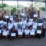 Catadores com certificado do curso de empreendedorismo - Foto: Suest/PA
