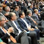 Henrique Pires (centro) esteve presente na abertura do evento - Foto: Edmar Chaperman