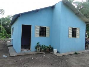 Casa reconstruída pelo programa Melhorias Habitacionais de Controle da Doença de Chagas - Foto: Meire Lima