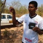 Técnico da Funasa fazendo análise da água - Foto: Suest/GO